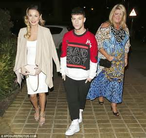 sam faiers looks stunning for dinner with towie s gemma