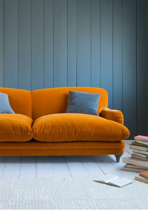what colour sofa 10 sexy velvet modern sofas setting trends for 2017