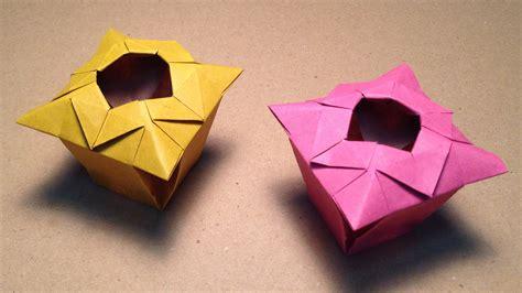 Rolling Paper Origami - origami vase