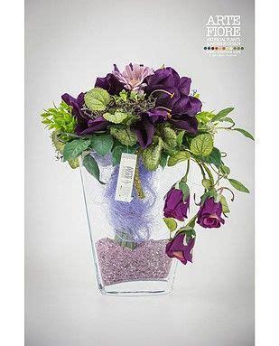 composizione floreale fiori finti composizione floreale con fiori artificiali in tessuto