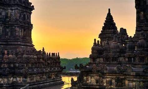 sejarah  info lengkap objek wisata candi prambanan