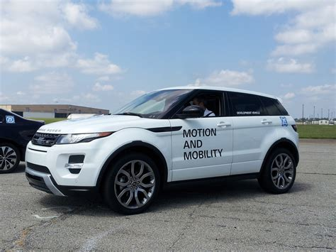 land rover range rover evoque 2014 2014 range rover evoque driving the new nine speed automatic