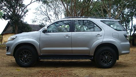 Fortuner S1413 Black Silver toyota fortuner 3 0 v at philippines reviews specs price