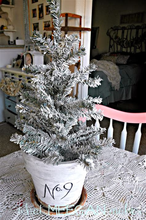 under 3 diy flocked christmas tree what meegan makes