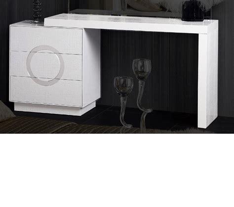 dreamfurniture com evans transitional mirror dresser dreamfurniture com aw412 120 transitional white vanity