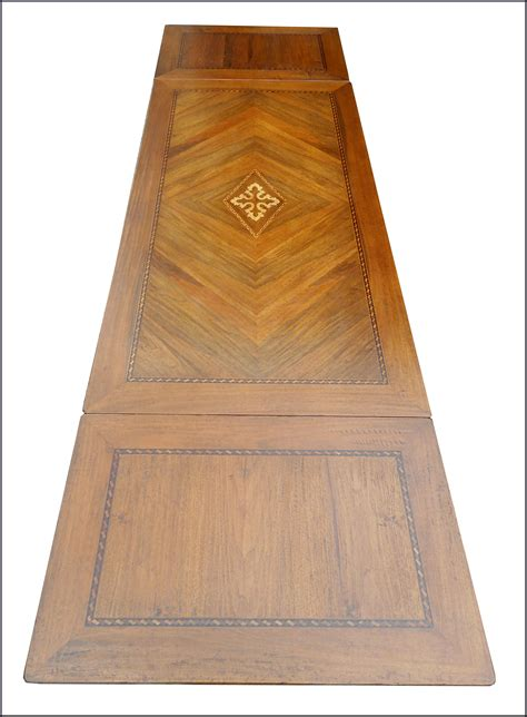 tavoli in stile antico tavolo in stile antico con intarsio la commode di davide