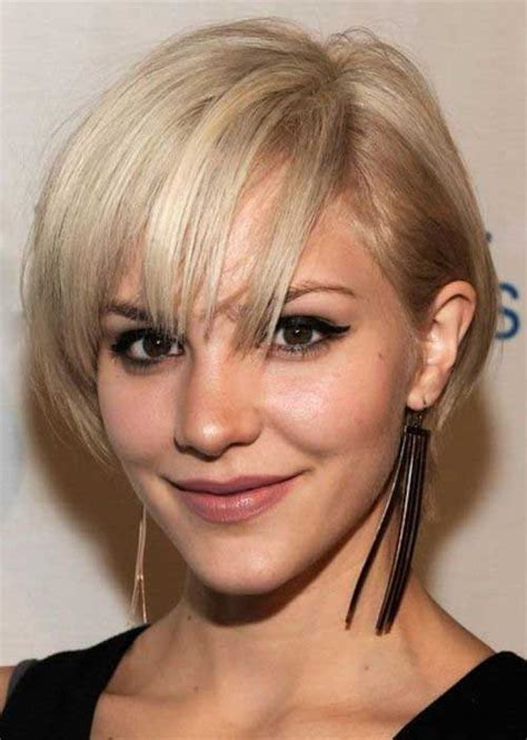 graduated layered blunt cut hairstyle 20 graduated bob with bangs bob hairstyles 2017 short