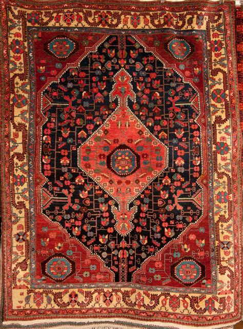 Vintage Story Carpet Classic antique bakhshayesh rug rugs more