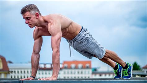 bench press vs push ups watch bench press vs push ups the pros and cons of each