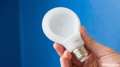 flat led light bulb philips slimstyle flattens the light bulb