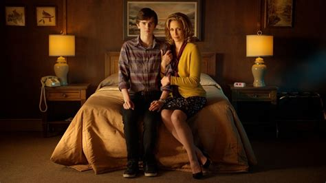 room for two tv show tv series review bates motel season one 2013 this is horror