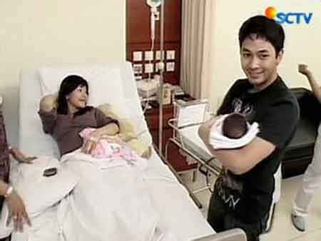 bioskop keren pan metha yunatria melahirkan istri uki peterpan