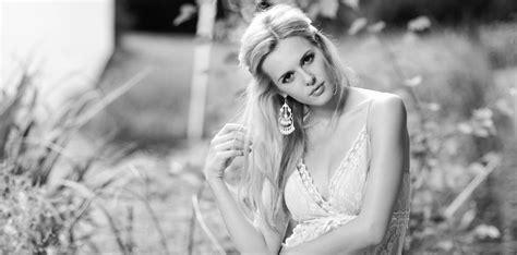 Brautkleider 70er Stil by 70er Jahre Hippie Hochzeitskleid Lili 183 K 252 Ss Die Braut