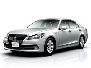 Toyota Price Toyota Crown 2017 Price In Pakistan Specs Reviews Features