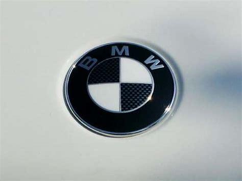 carbon fiber bmw emblem bmw e39 emblem removal and carbon fiber look decals