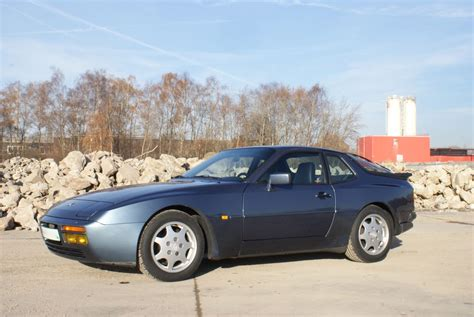 1990 porsche 911 blue porsche 944 s2 911 youngtimer