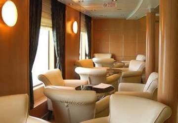 lade navali recensione e guida traghetto cyclades fast ferries