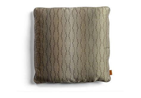 cuscini poltrona i cuscini decorativi poltrona frau coussin milia shop