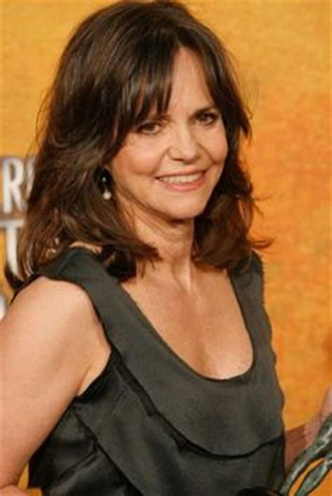 sally field over sixty sally field quot brothers sisters quot cancelled sad because it