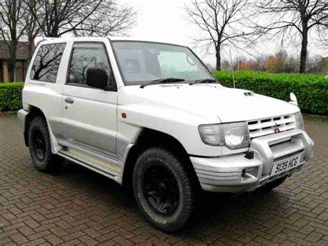 mitsubishi pajero 2 8 ltd edition swb 3 doors 4x4 automatic green low mileage long mot mitsubishi pajero swb 2 8 td flared arch 1998 4x4 rally art edition