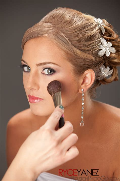 Houston Makeup Inc.   Make up   airbrush   spray tanhair