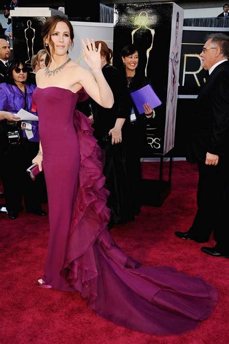 Catwalk To Carpet Garner In Gucci by 2013 Oscar Awards Finally Revealed High Fashion Carpet