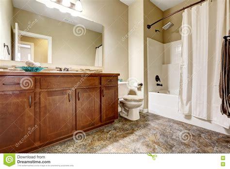 bagno marrone piastrelle bagno marrone best arredo bagno marrone