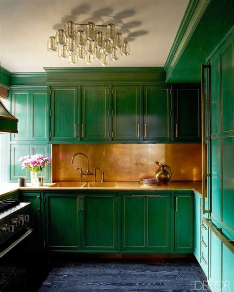 home decor color trend emerald green