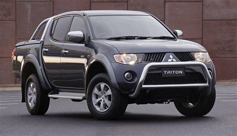 mitsubishi triton 4x4 specs 2006 mitsubishi ml triton glx r review loaded 4x4