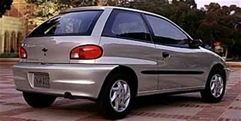 2000 chevrolet metro (chevy) pictures/photos gallery