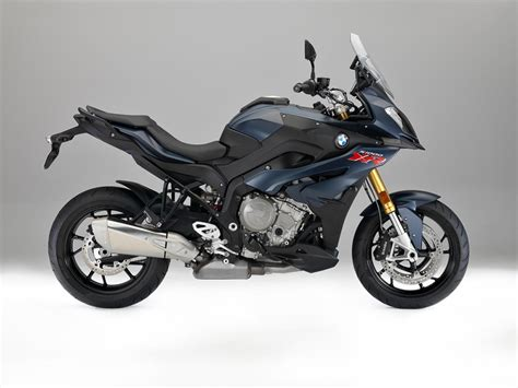 2017 bmw s 1000 xr look cycle news
