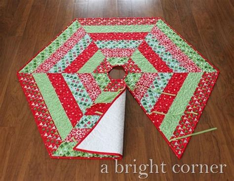 1000 images about sewing christmas tree skirts on pinterest