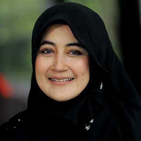tutorial jilbab ala umi pipik 3 style jilbab ala umi pipik dian irawati aneka cara