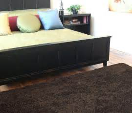scatter rugs for hardwood floors 5 essential decor accessories that tie the room together