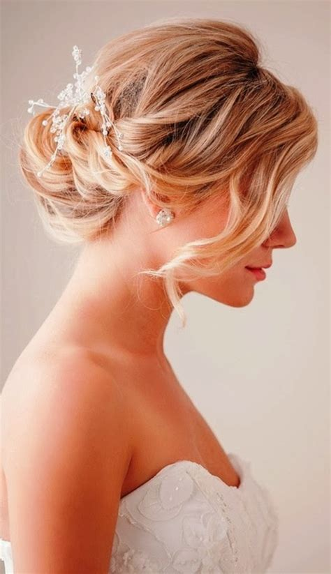Wedding Updos For Bangs by 39 Wedding Hairstyles With Bangs Magment