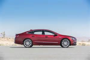 10 Buick Lacrosse Buick Lacrosse 2017 Motor Trend Car Of The Year Contender