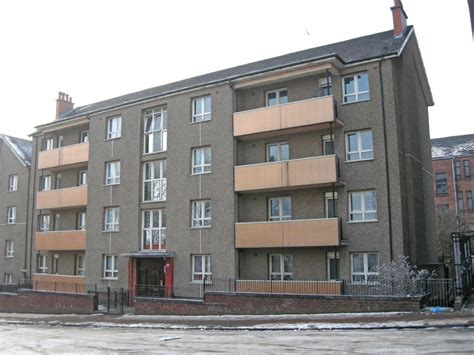 three bedroom flat glasgow 3 bedroom flat for sale in hollybrook street govanhill