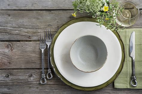 dinner table setting how to set your dinner table canadian living
