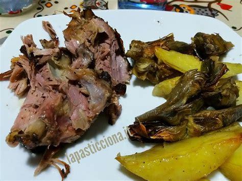 cucinare lo stinco di maiale al forno stinco di maiale al forno la pasticciona