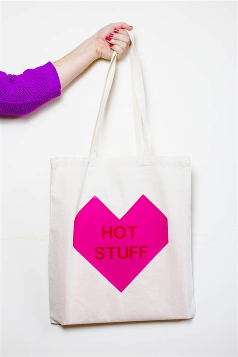 diy wedding favor bags with a twist conversation tote bags the valentines or bridesmaid gifts bespoke