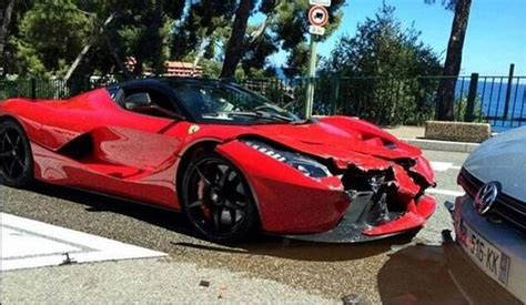 laferrari crash laferrari crashes in monaco digital trends