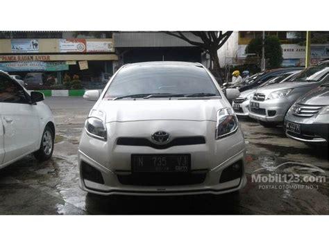 Spion Mobil Toyota Yaris Trd Sportivo Original jual mobil toyota yaris 2013 trd sportivo 1 5 di jawa timur automatic hatchback putih rp 177 000