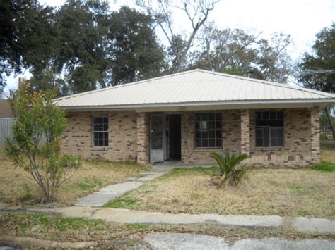 613 nicholson ave ms 39560 foreclosed home