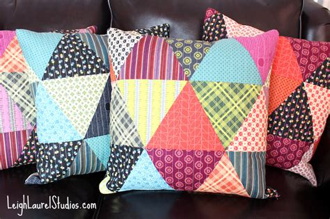 Everyday Celebrations Simple Patchwork Pillows Free Pattern - tutorial patchwork triangle pillows karin studio