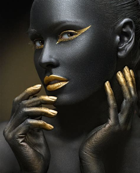 create hair sculptures black 黑色人体艺术彩绘图片 素彩图片大全