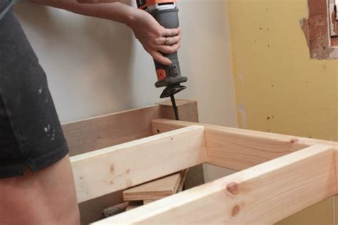 How To Make Wood Bed Frame Some Wood Bed Frame Tips For You
