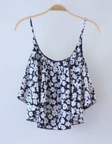Flowery Tank Top blouse floral flowers white black singlet summer