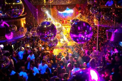 top san diego bars nightlife in san diego clubs bars weekdays sunday 18