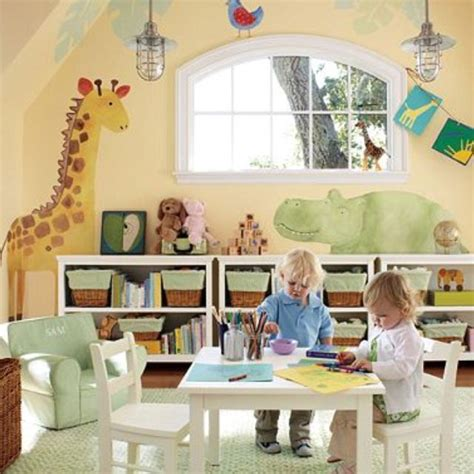 Home Daycare Decor by Best 25 Home Daycare Rooms Ideas On Home