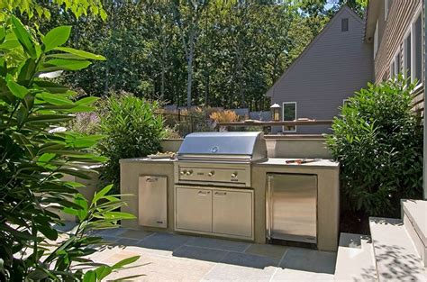 Small Outdoor Kitchen Design outdoor kitchen designs amp ideas landscaping network